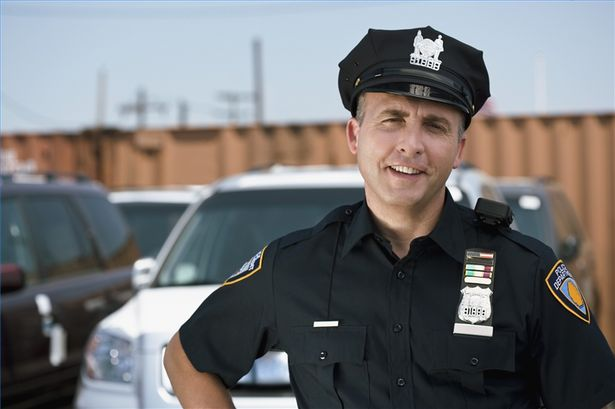 article-new-thumbnail-ehow-images-a02-3k-in-become-police-sergeant-800x800